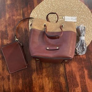 Simply Noelle bucket purse with crossbody